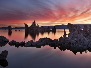 Dawn Fire, Mono Lake, California